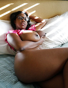 Busty Ebony Milf Mature Mom BBW