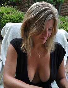 Milf and Mature public spy