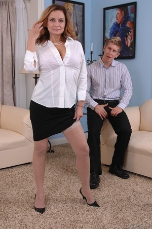 MILF Rebecca Bardoux teases her son with hot panty upskirt n°3