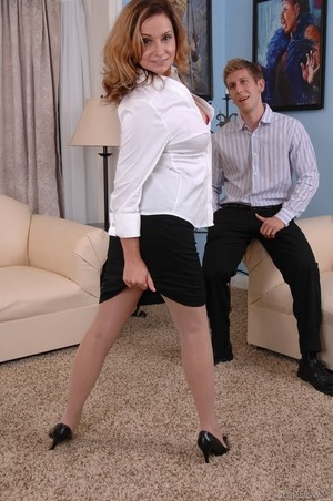 MILF Rebecca Bardoux teases her son with hot panty upskirt n°6