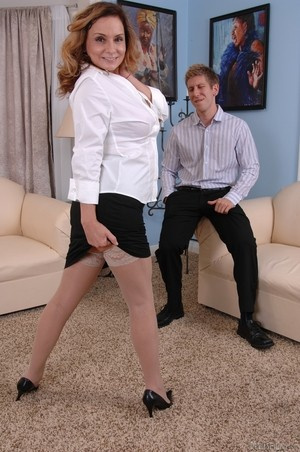 MILF Rebecca Bardoux teases her son with hot panty upskirt n°7