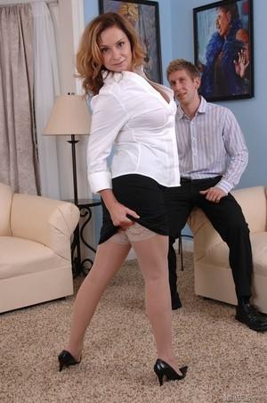 MILF Rebecca Bardoux teases her son with hot panty upskirt n°8
