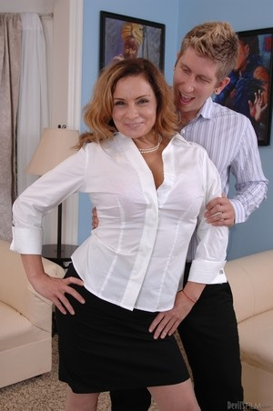 MILF Rebecca Bardoux teases her son with hot panty upskirt n°10