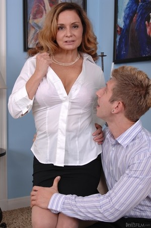 MILF Rebecca Bardoux teases her son with hot panty upskirt n°12