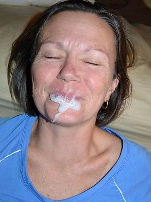 MILFs Granny cum on face facial n°0