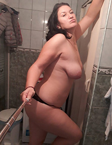 My mom can't stop sending me sexy pics