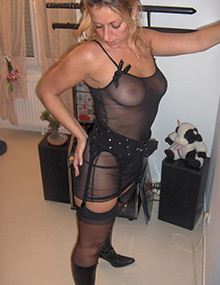 Veronique French Mom | My sexy step mom