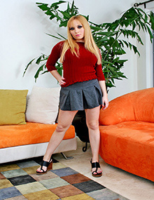 Aiden Starr getting fucked on the sofa