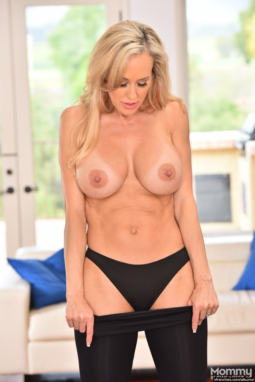 Brandi Love in need of fresh dick n°3