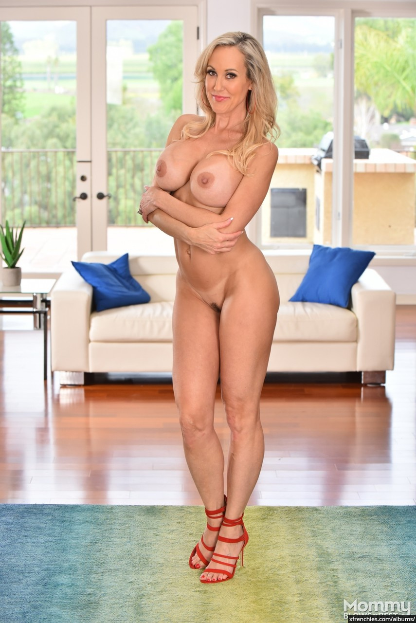 Brandi Love in need of fresh dick n°8